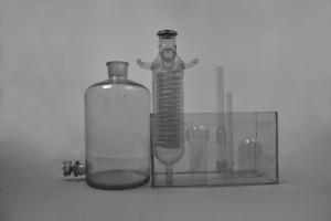 Pospíšil - Aleš - Bílá laboratoř - fotografie na papíře - 2016